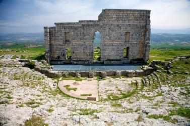 Acinipo_roman_theatre_-_panoramio